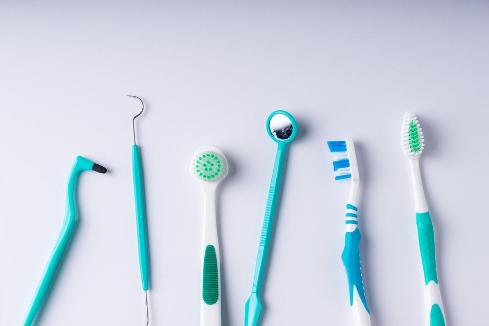 胃ろうなどの非経口摂取でも口腔衛生ケアは必要